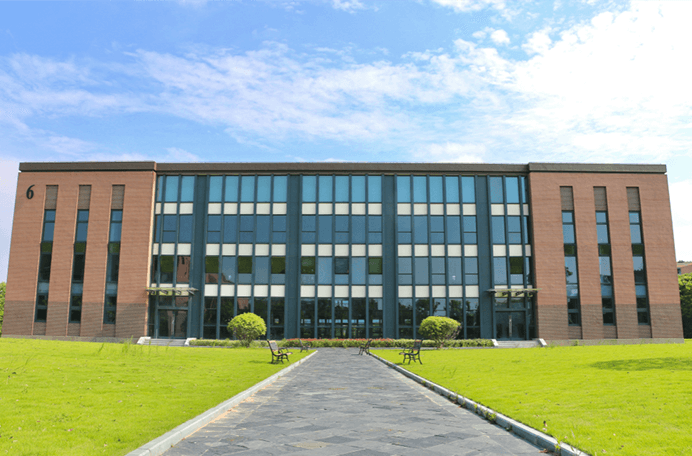 上海融育学校图片