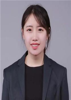 上海融育学校岳琪琪图片