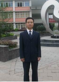 四川师范大学附属中学国际部杨林毅图片