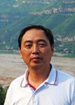 连云港外国语学校国际部薛家平图片