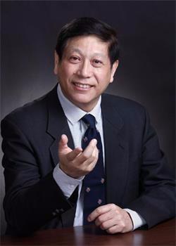 深圳哈博学校龚亚夫图片
