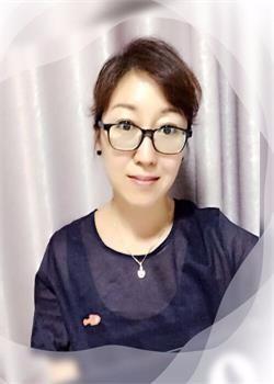 北京新桥外国语高中学校崔莲实图片
