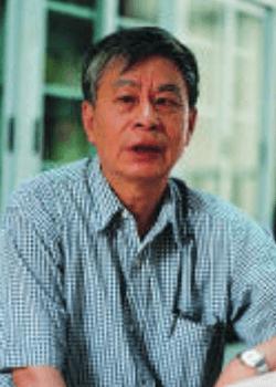 北京师范大学附属中学国际部朱正威图片