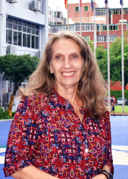 中黄书院美国GIA国际高中Phyllis Roderick图片