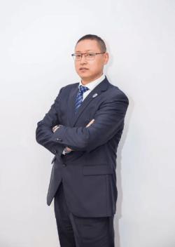 北外附属龙游湖外国语学校蔡新春图片