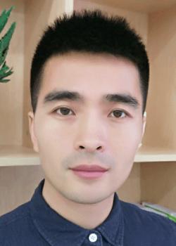 北大附属嘉兴实验学校刘成云图片