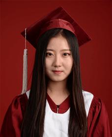 北京中加学校冯馨瑶图片