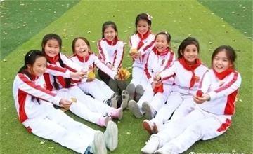 秋天的仪式感,都藏在北京昌平凯博外国语学校红叶节里图片