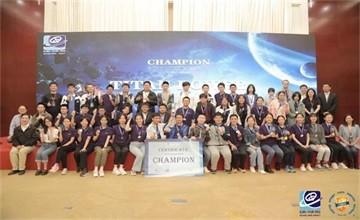 呼市二中国际部代表队国际太空城市设计大赛夺冠图片