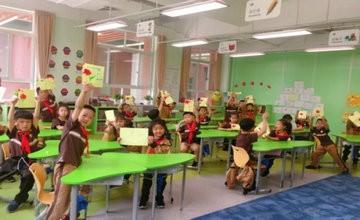 天津英华国际学校举行感恩母亲节活动图片
