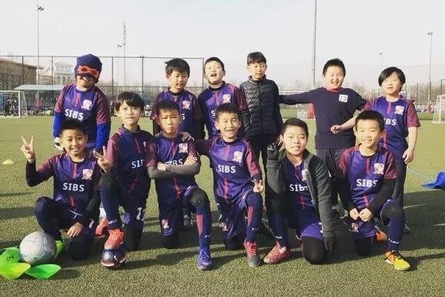 北京君诚国际双语学校足球小虎队首次比赛活动图集