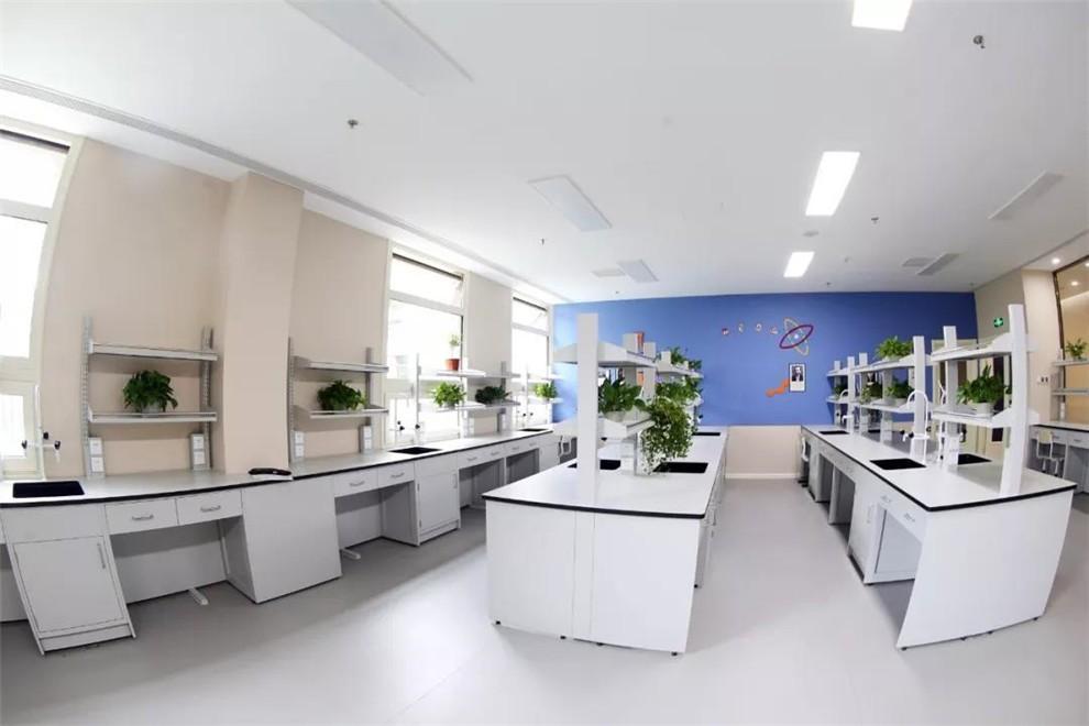 北京明诚外国语学校多功能教室图集