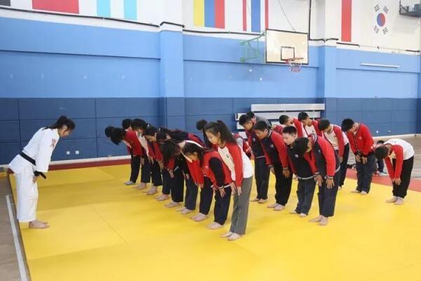 上海美高双语学校中国柔道协会图集