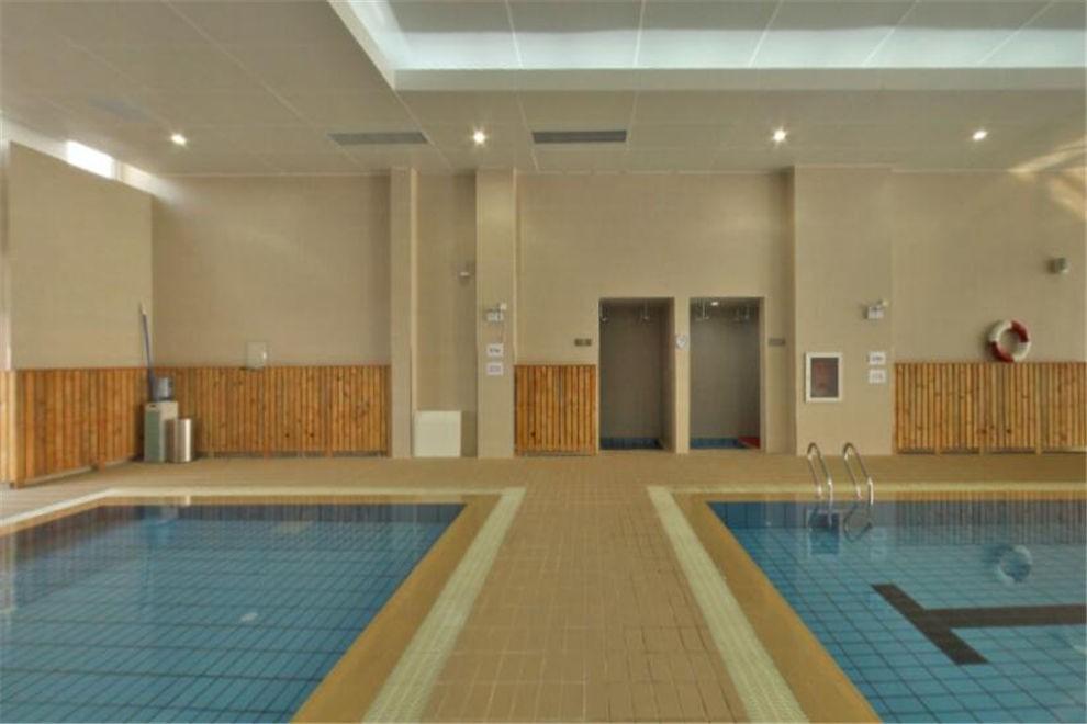 天津惠灵顿国际学校游泳池图集