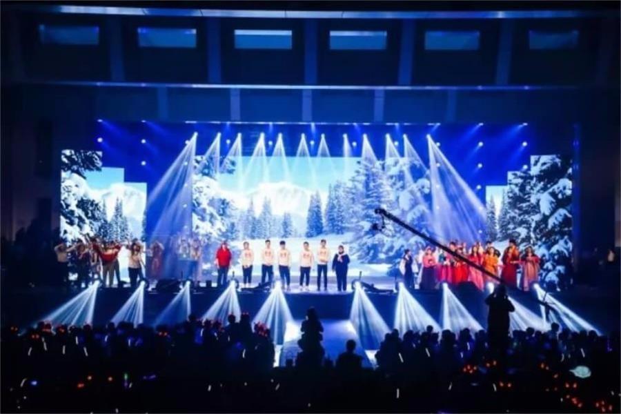 天津英华国际学校新年晚会活动图集