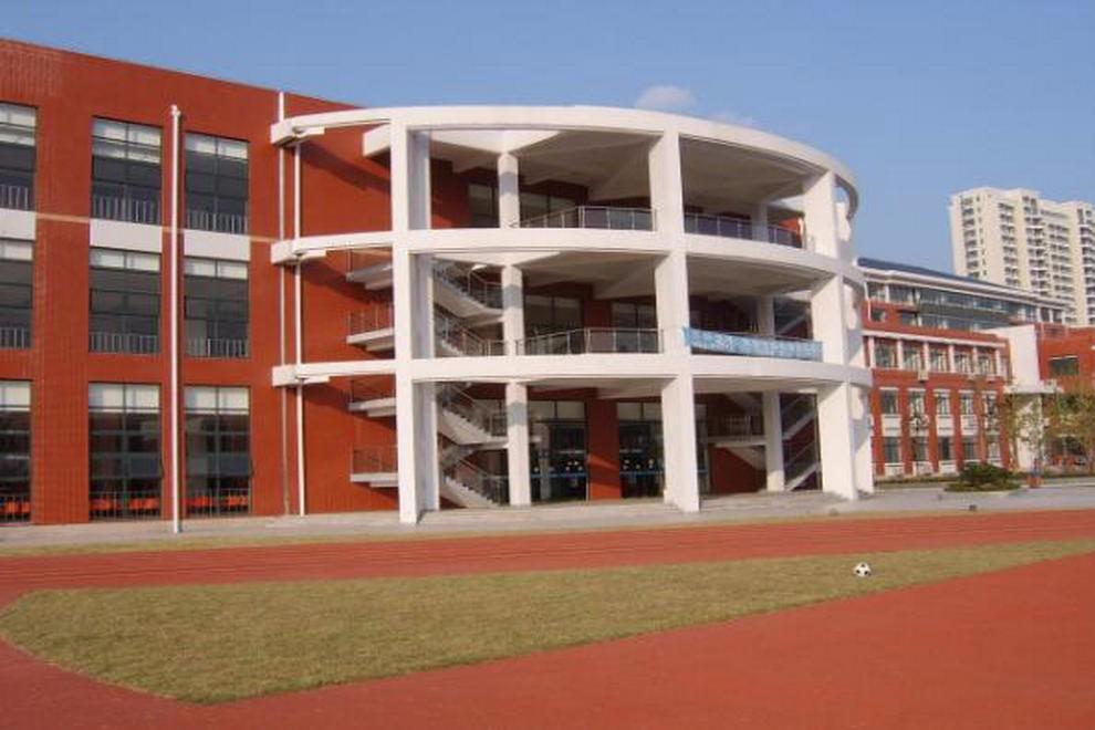 上海外国语大学西外外国语学校校园风采图集