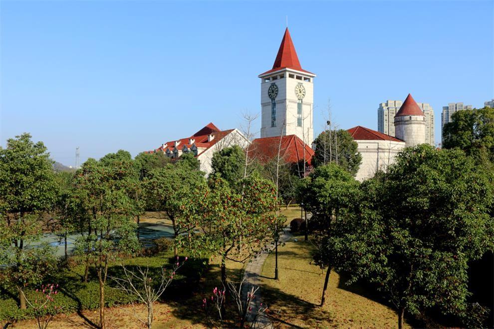 杭州育澜剑桥国际中心校园风景图集