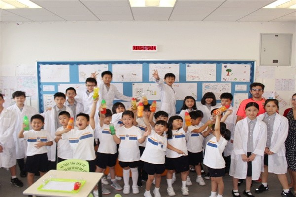 广州耀华国际教育学校首届科学周活动图集