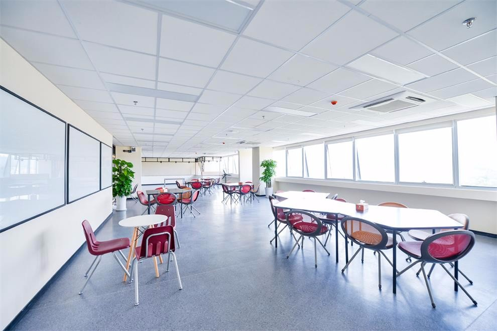 广州梅沙黑利伯瑞书院学生用餐环境图集