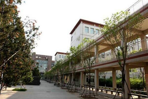 唐山市第一中学中加国际班美丽校园图集