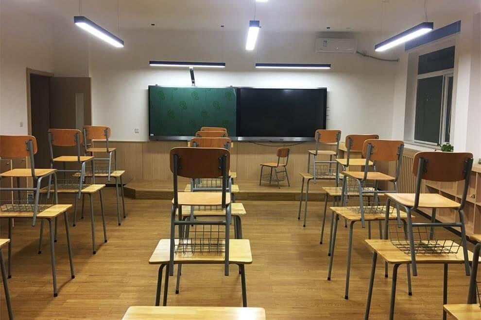 北京新桥外国语高中学校教室风采图集