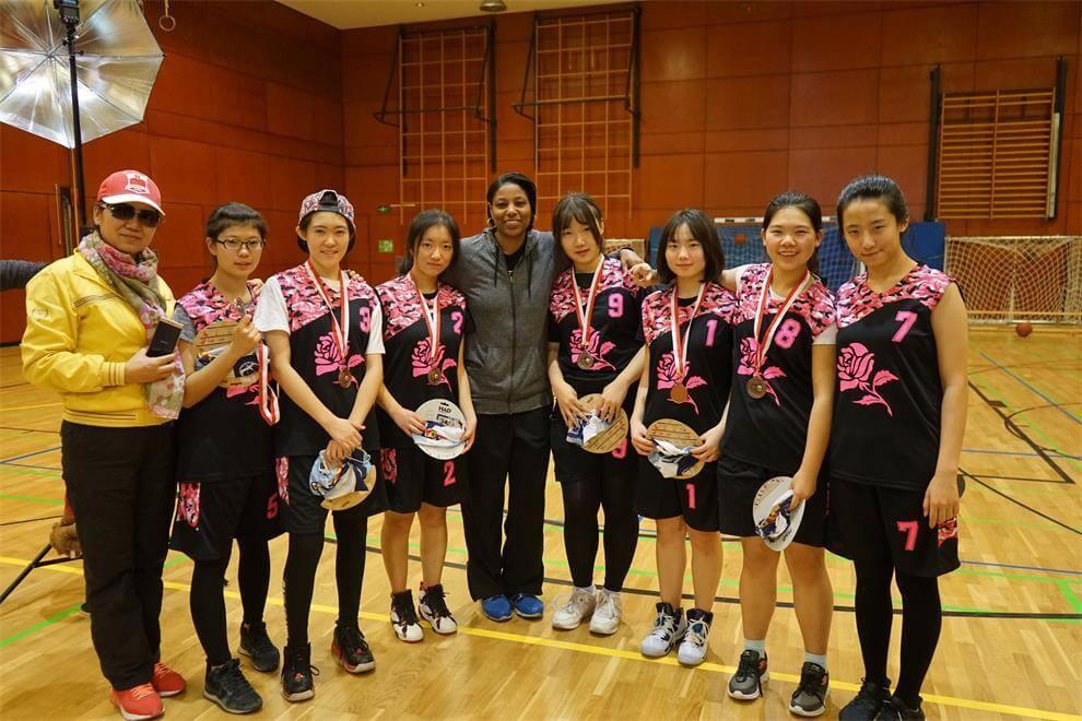参加德国篮球比赛图片3