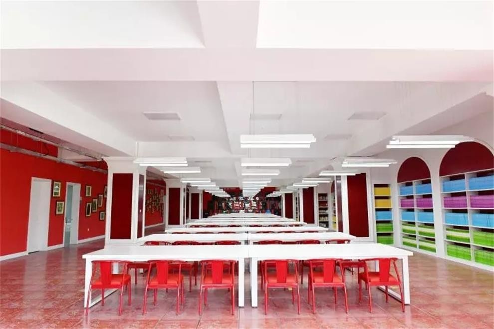 北京中杉学校图书馆图集