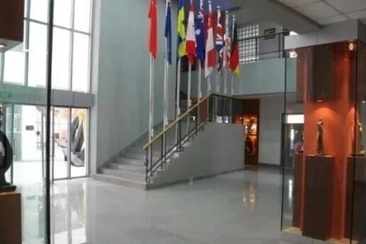 天津市实验中学国际部校园景观图片03