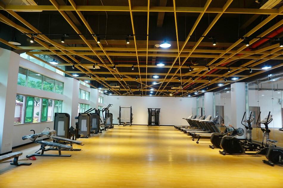 讯得达国际书院健身房图片