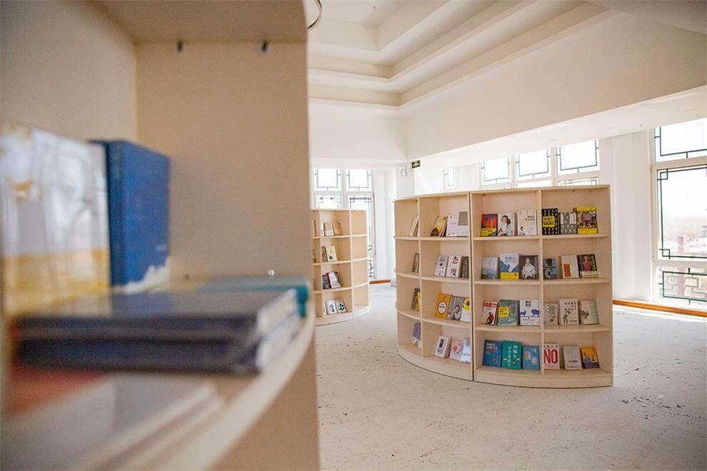 京城学校图书馆图集