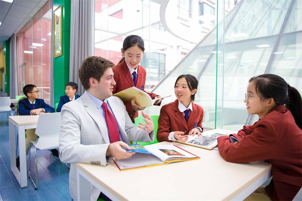 武汉海淀外国语实验学校班型课程图集