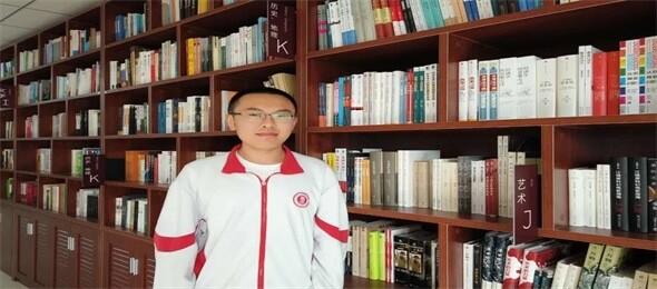呼市二中国际部图书馆图集
