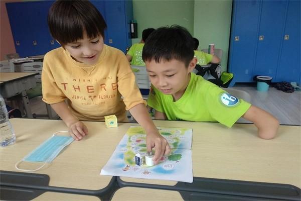 沈阳加拿大外籍人员子女学校趣味游戏图集