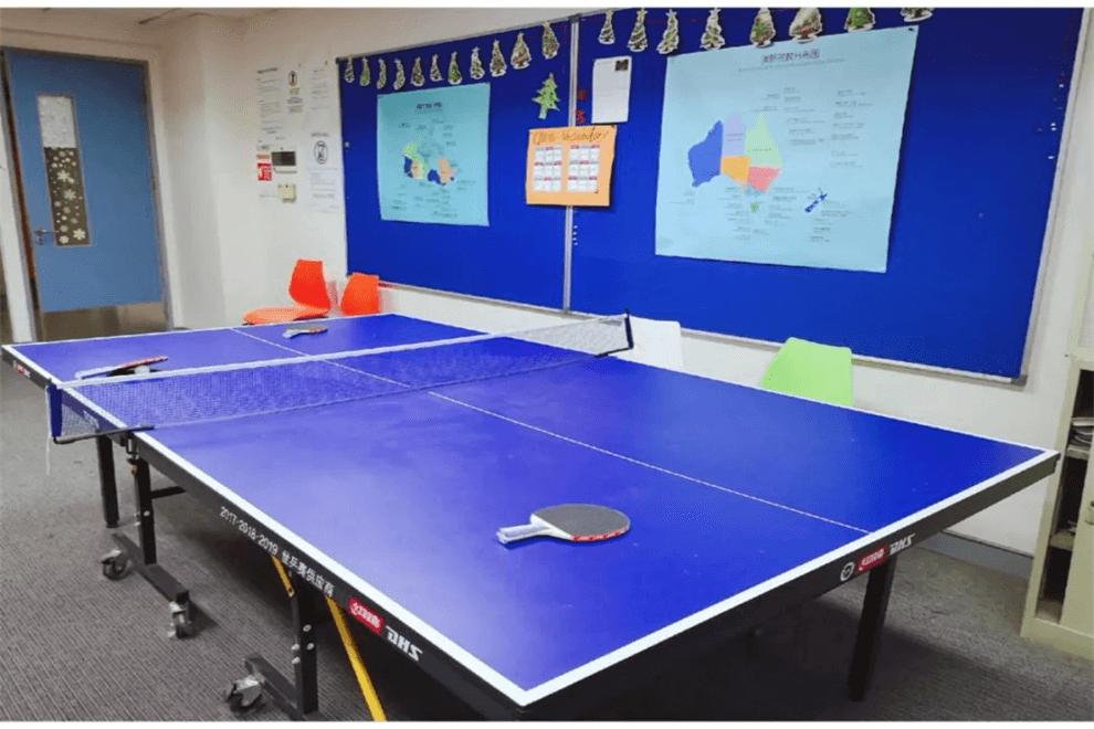 上外贤达国际高中乒乓球室图集