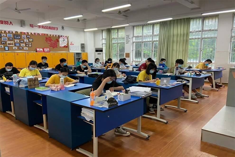 南宁市第二中学国际部课堂学习图集
