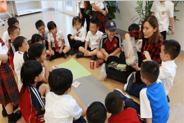 北京德闳学校地球日环保图集
