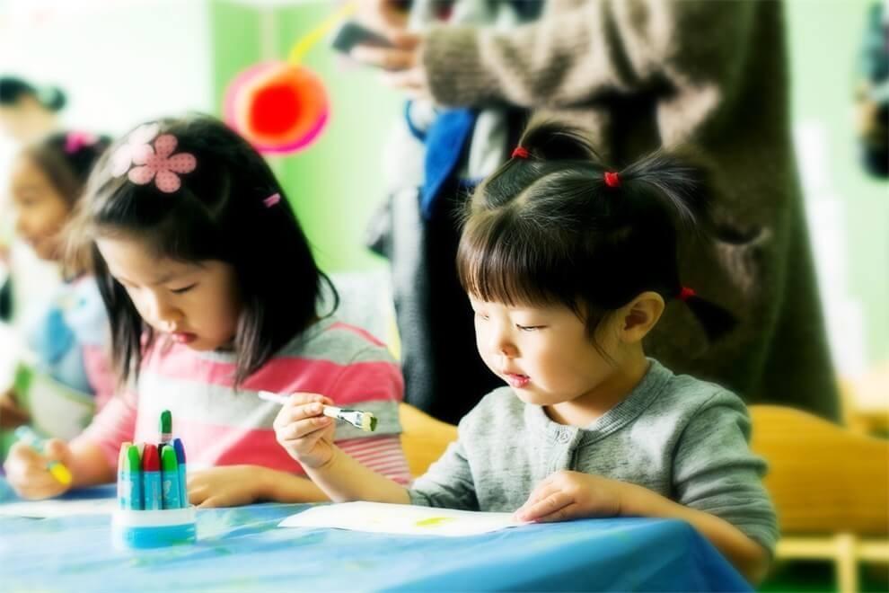 Muffy's博识梦飞幼儿园画画图集03