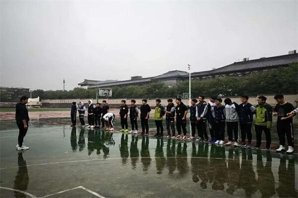 陕西师大附中国际部篮球活动图集
