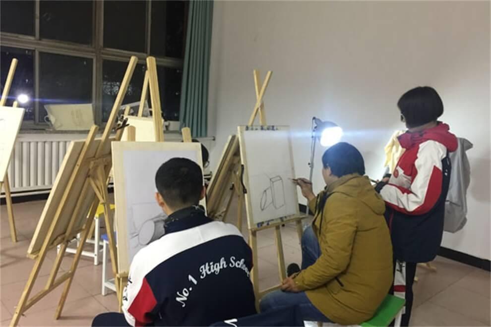 河北联邦国际学校国际部画画图集
