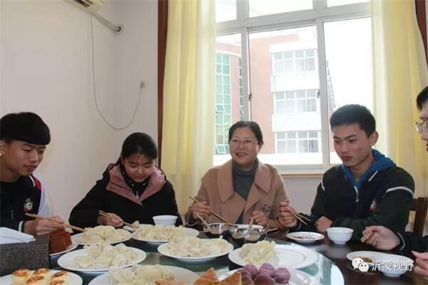 临沂市第四中学国际部冬至活动图集
