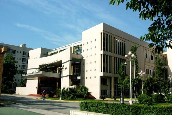 成都棠湖外国语学校国际部食堂图集