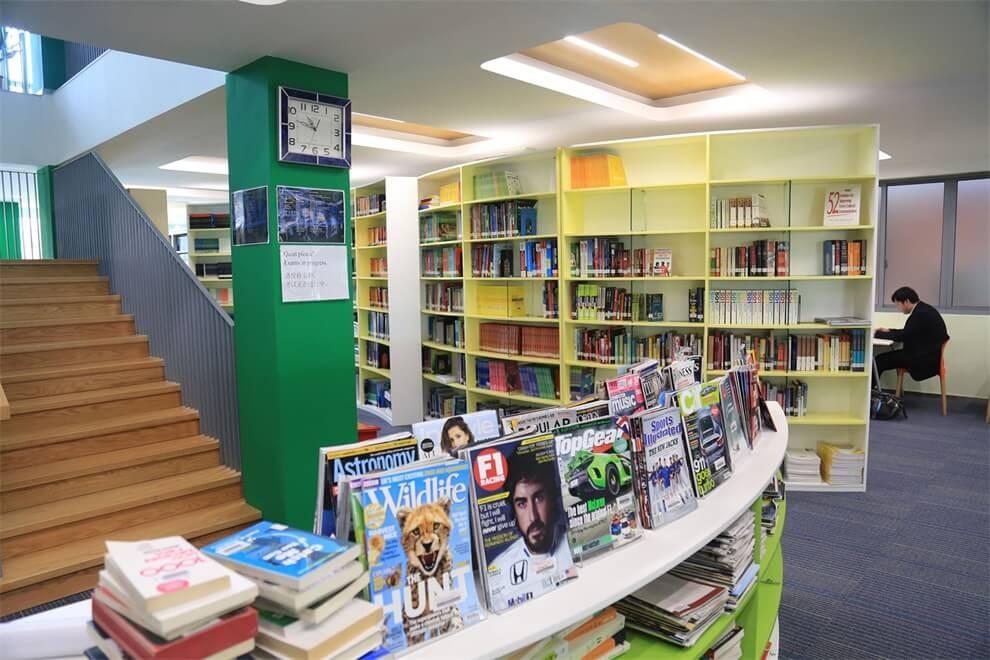 上海协和双语高级中学图书馆图集