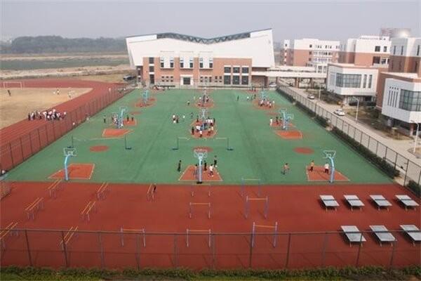 南昌二中中加国际高中体育场图集
