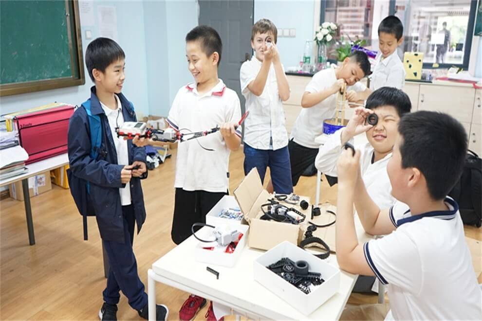 福州西湖国际学校科技活动图集
