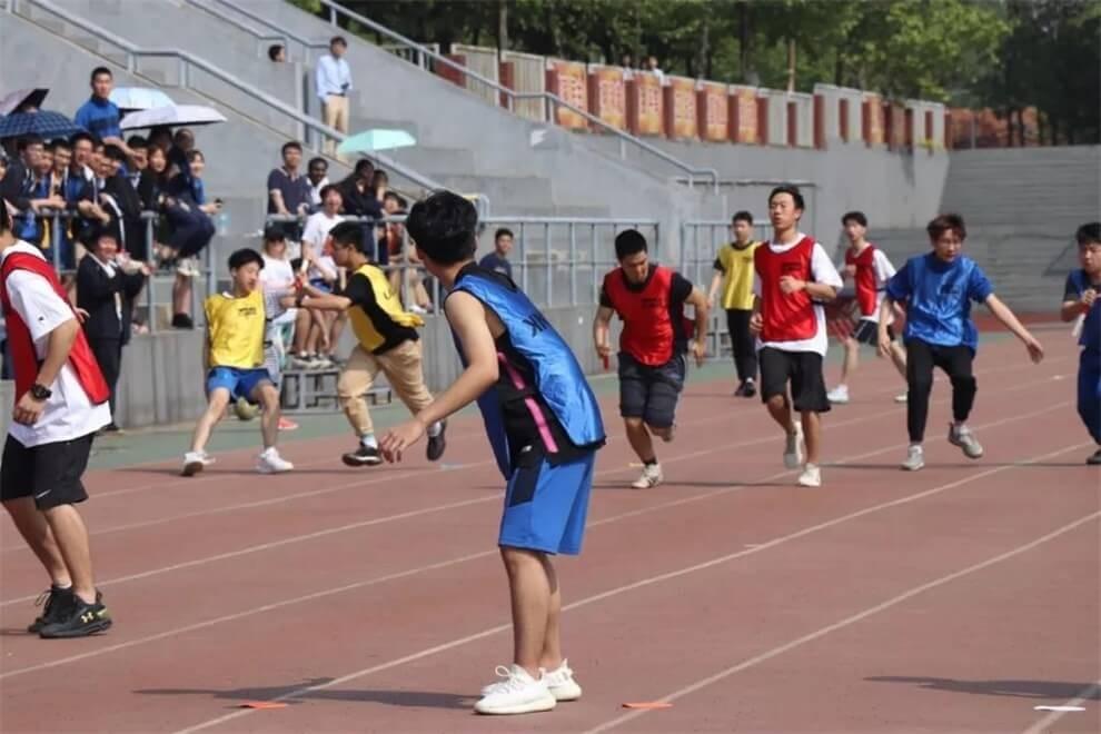武汉光谷剑桥国际高中接力赛图集