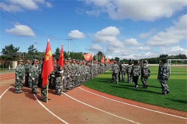 哈尔滨顺迈华美外国语学校军训图集