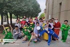 中加枫华国际小学部故事大王活动图片