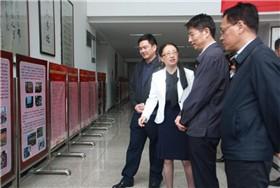 省教育厅朱厅长一行到四川师大附中调研图片