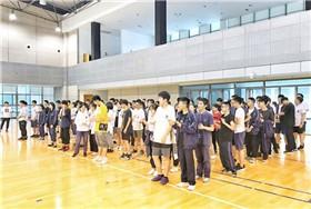 滨海国际合作学校高二学生心理拓展活动图片