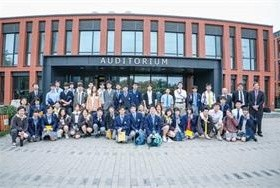 日本幕张初高中合校师生到海淀凯文交流图片